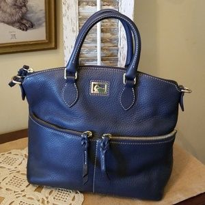Dooney & Bourke handbag EUC